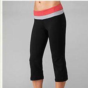Lululemon Groove Flare Yoga Crop Pants